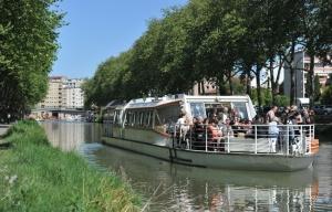 648x415_illustration-tourisme-fluvial-sur-le-canal-du-midi