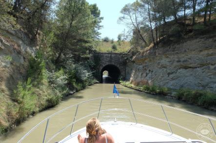 L 39 officiel du canal du midi au fil de l eau croisi re for Garage du midi plan d orgon