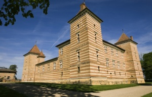 561x360_chateau-laerole-pres-cadours-choisi-comme-lieu-tournage-fiction-pierre-paul-riquet